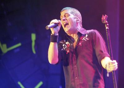 2006 Rob Thomas