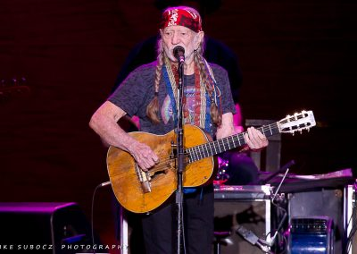 IS-WillieNelson-05