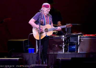 IS-WillieNelson-06