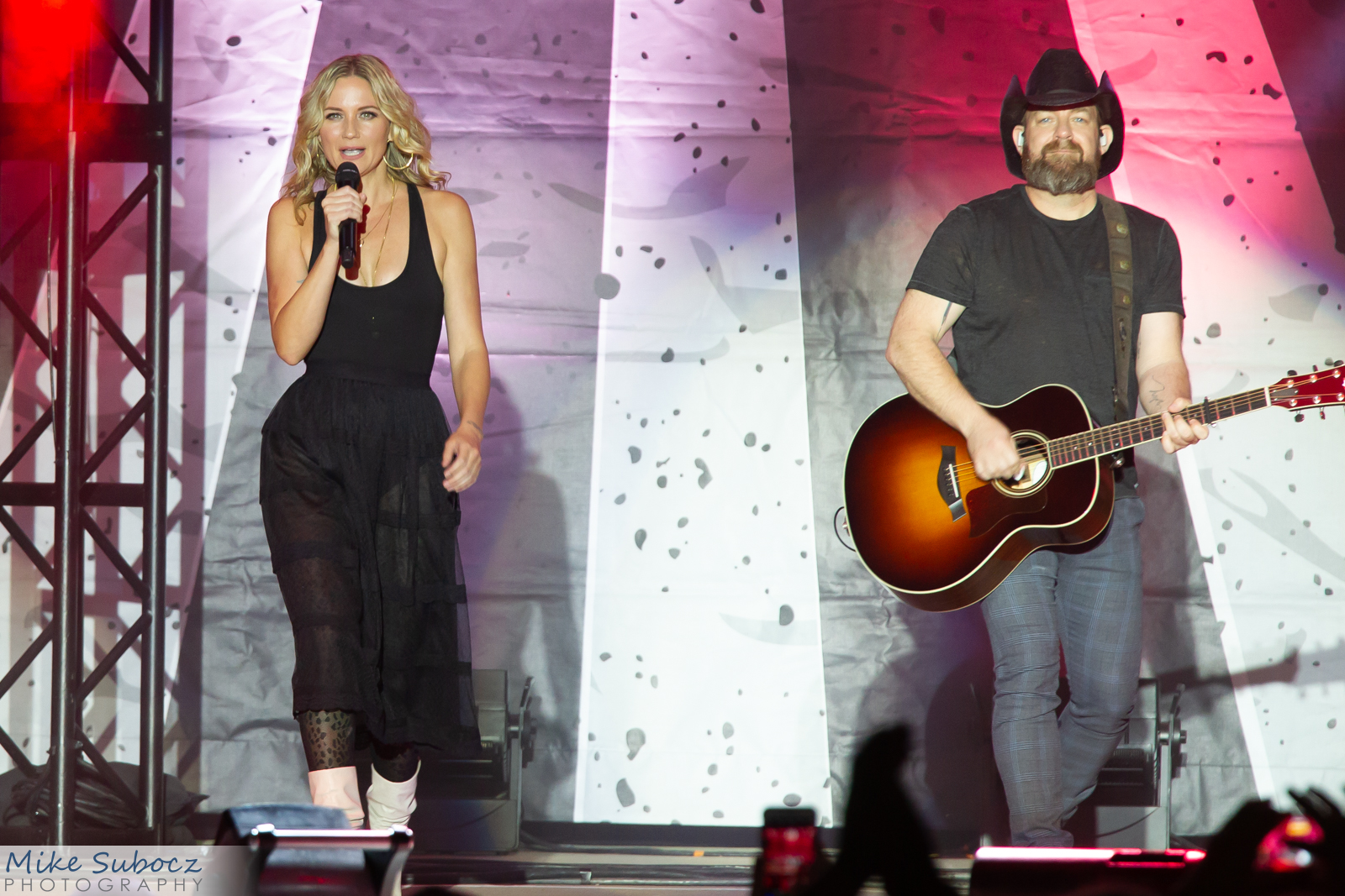Sugarland Concert image