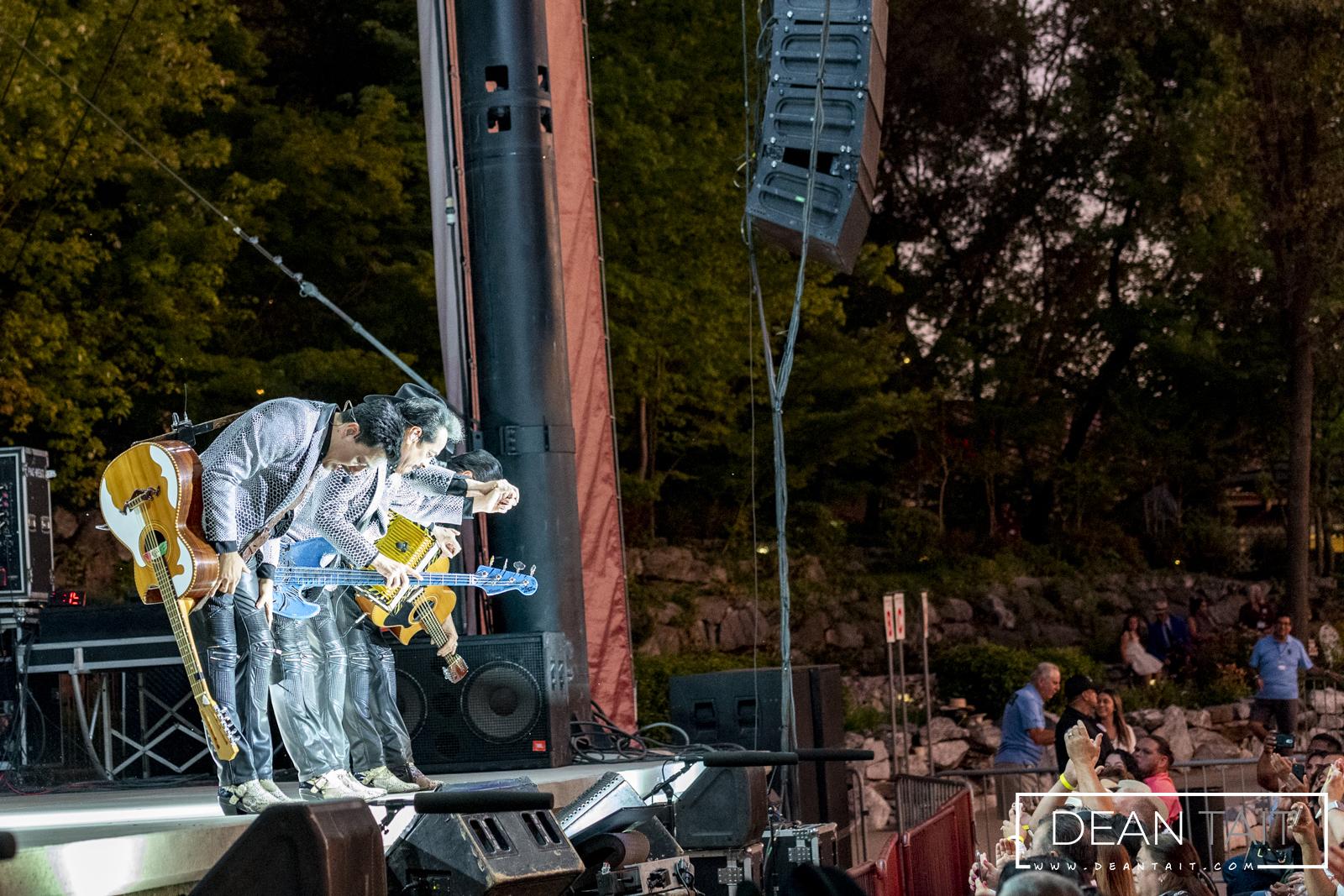 Los-Tigres concert image